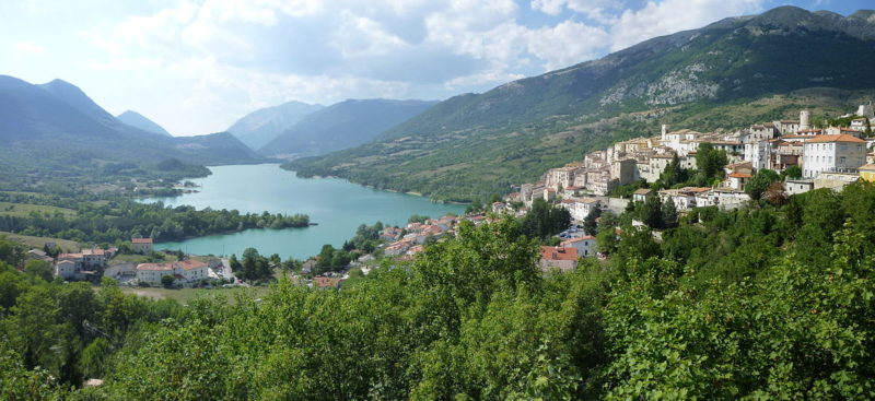 Lago_di_Barrea_1