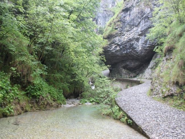 Cover Le cascate della Valle Vertova