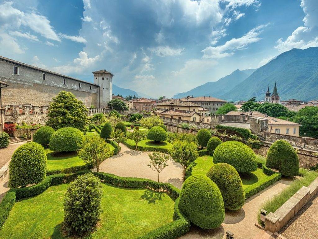 Trento-il-giardino-del-castello