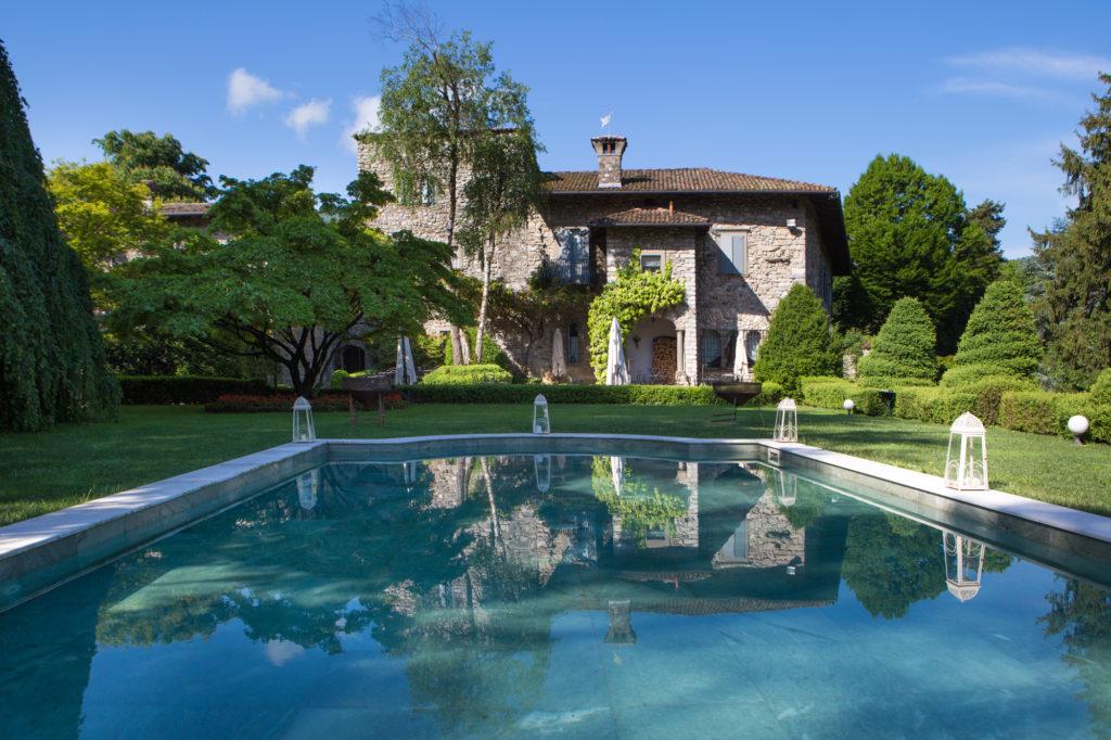 Sito-ufficiale-Turismo-in-Val-Cavallina-Lago-di-Endine-Castello-di-Monasterolo-3-1024x682