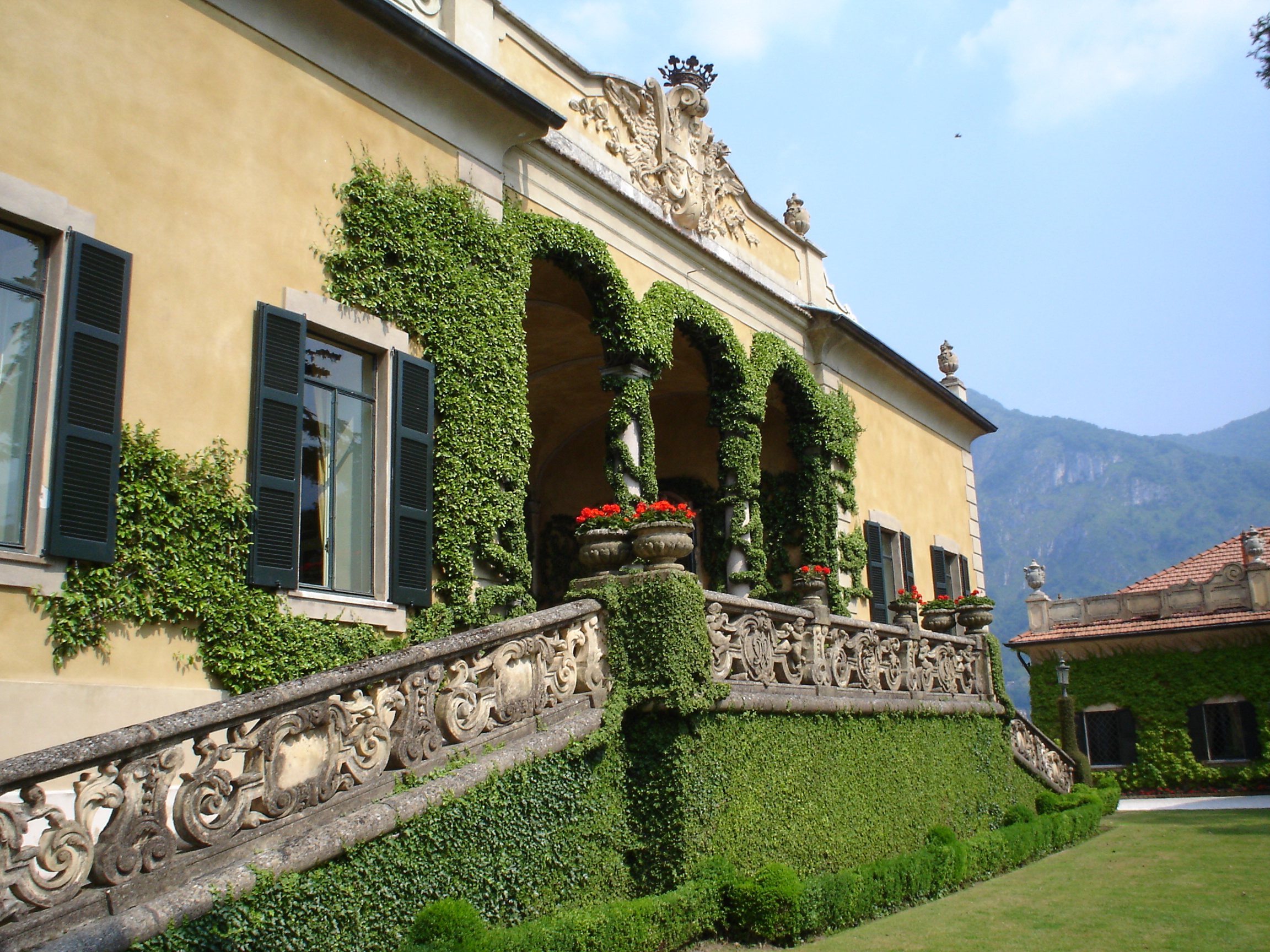 villa-balbianello-on-como-lake-7