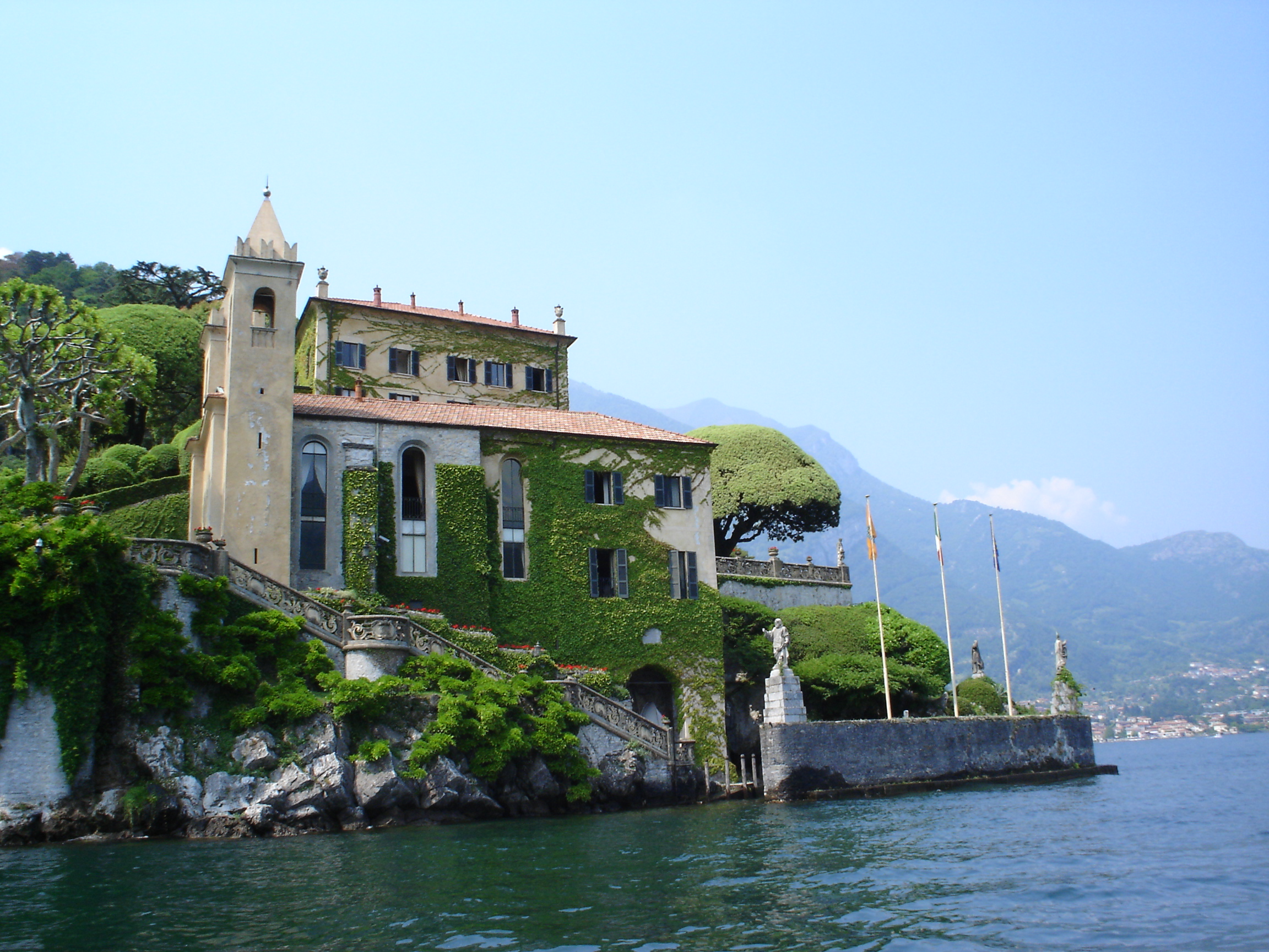 villa-balbianello-on-como-lake-8