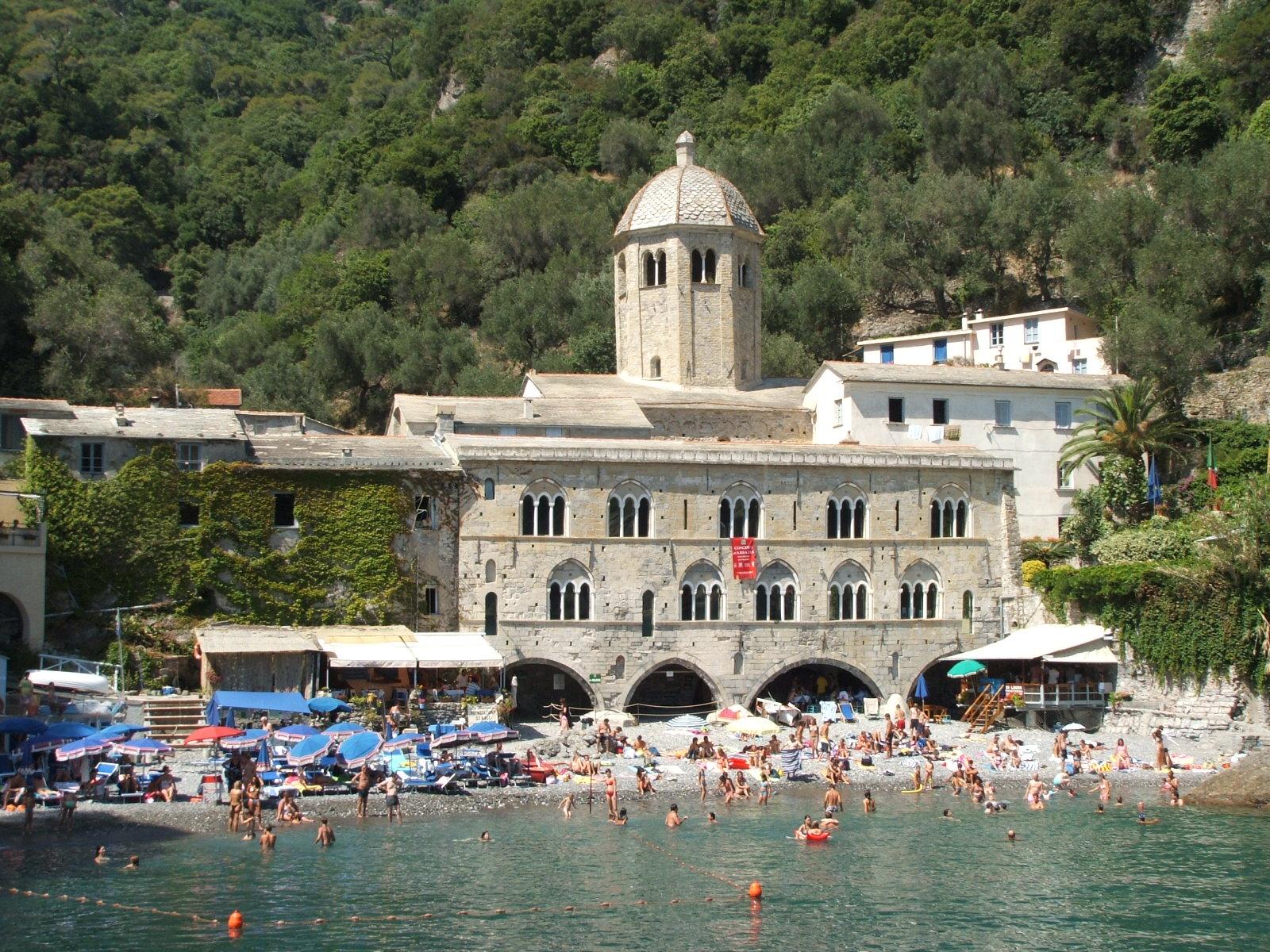 abbazia-di-san-fruttuoso-di-camogli-dscf0667_1396641376