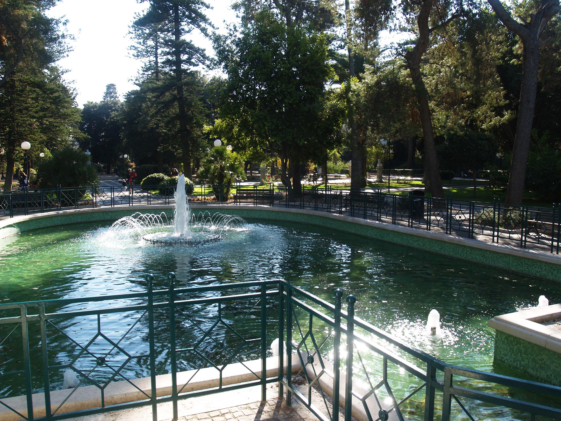Cover Giardini di Villa Comunale