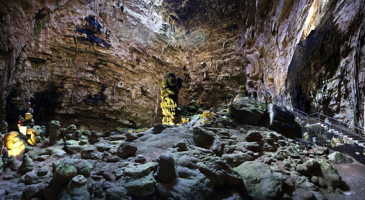 Cover Grotte di Castellana