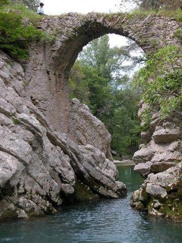 phoca-thumb-l-ponte-medievale-a-felitto