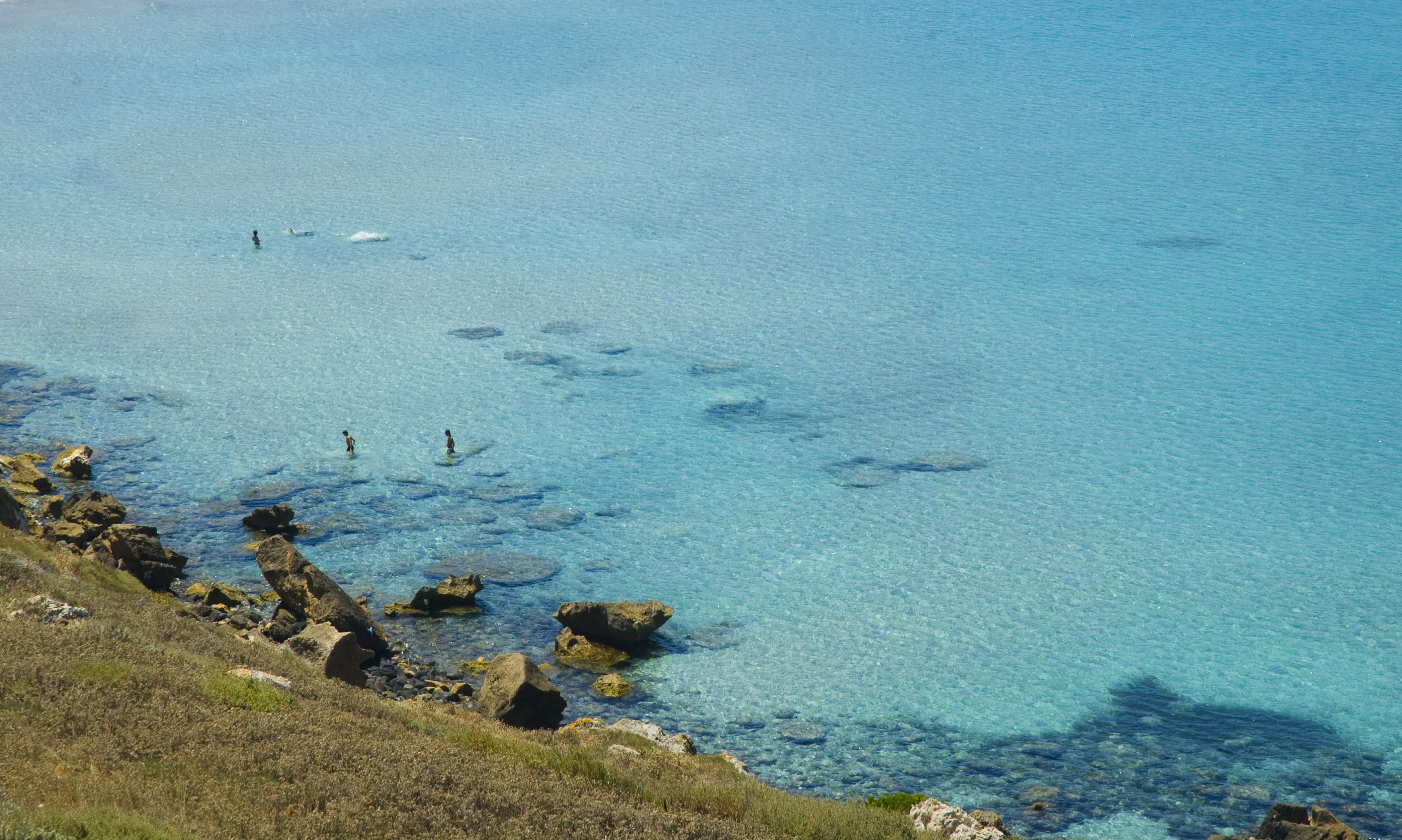 """Cover Area Marina Protetta Penisola del Sinis – Isola di """"Mal di Ventre"""""""