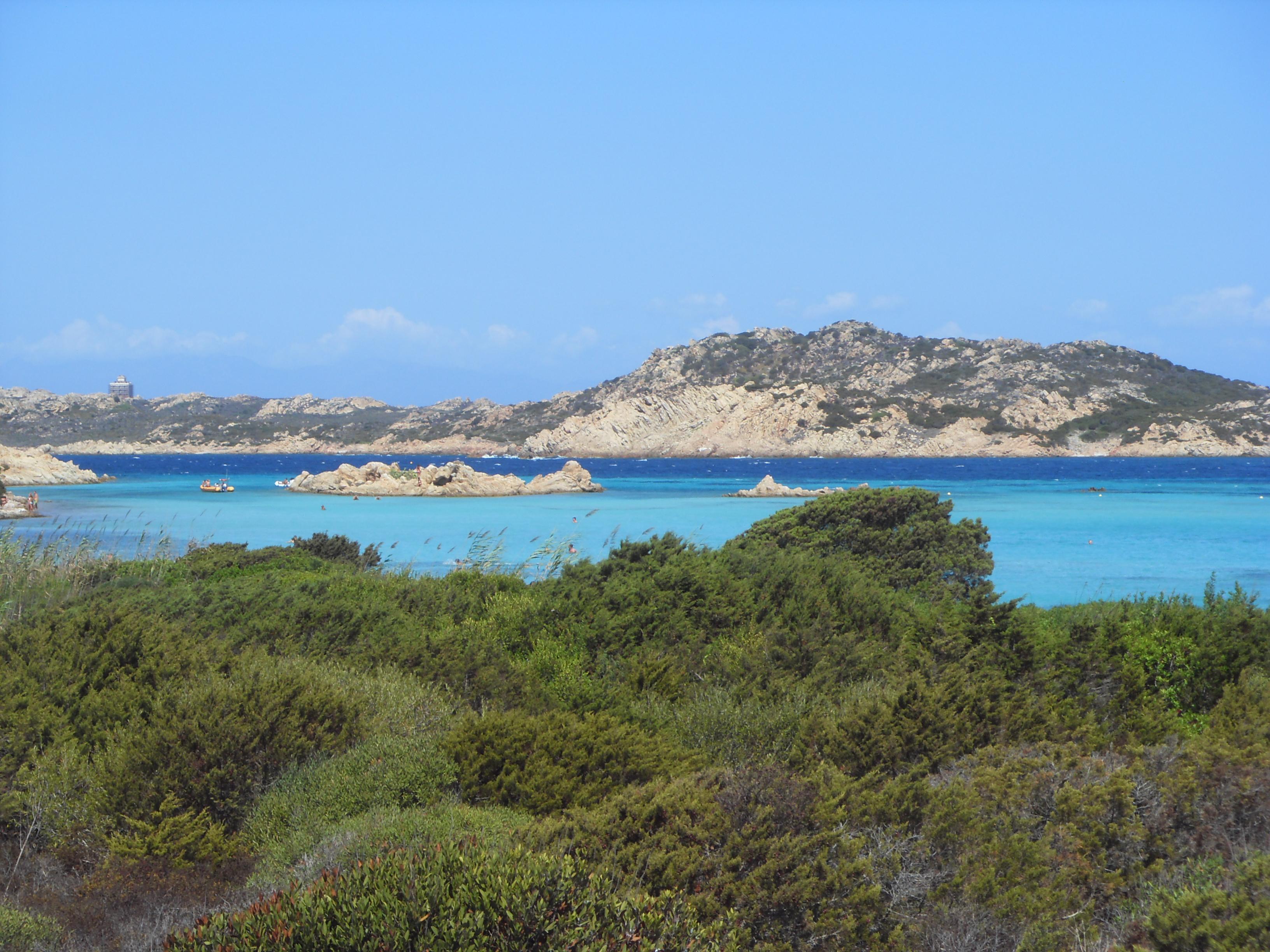 isola-di-budelli-arcipelago-della-maddalena