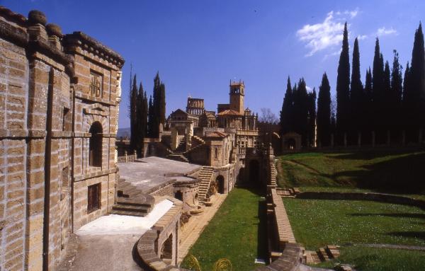 1142-la-scarzuola-palcoscenico-del-teatrum-mundi