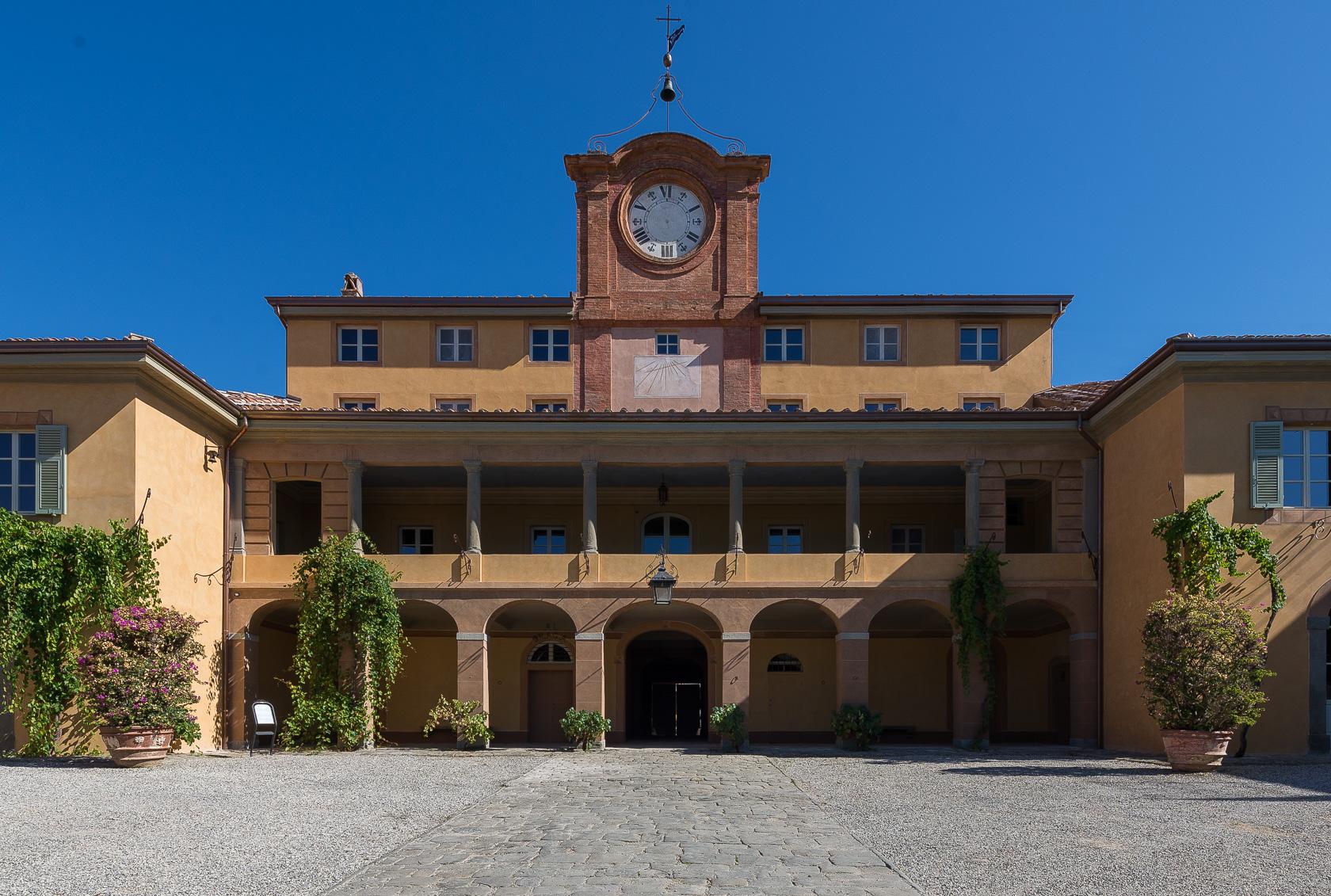 Cover Villa Reale di Marlia