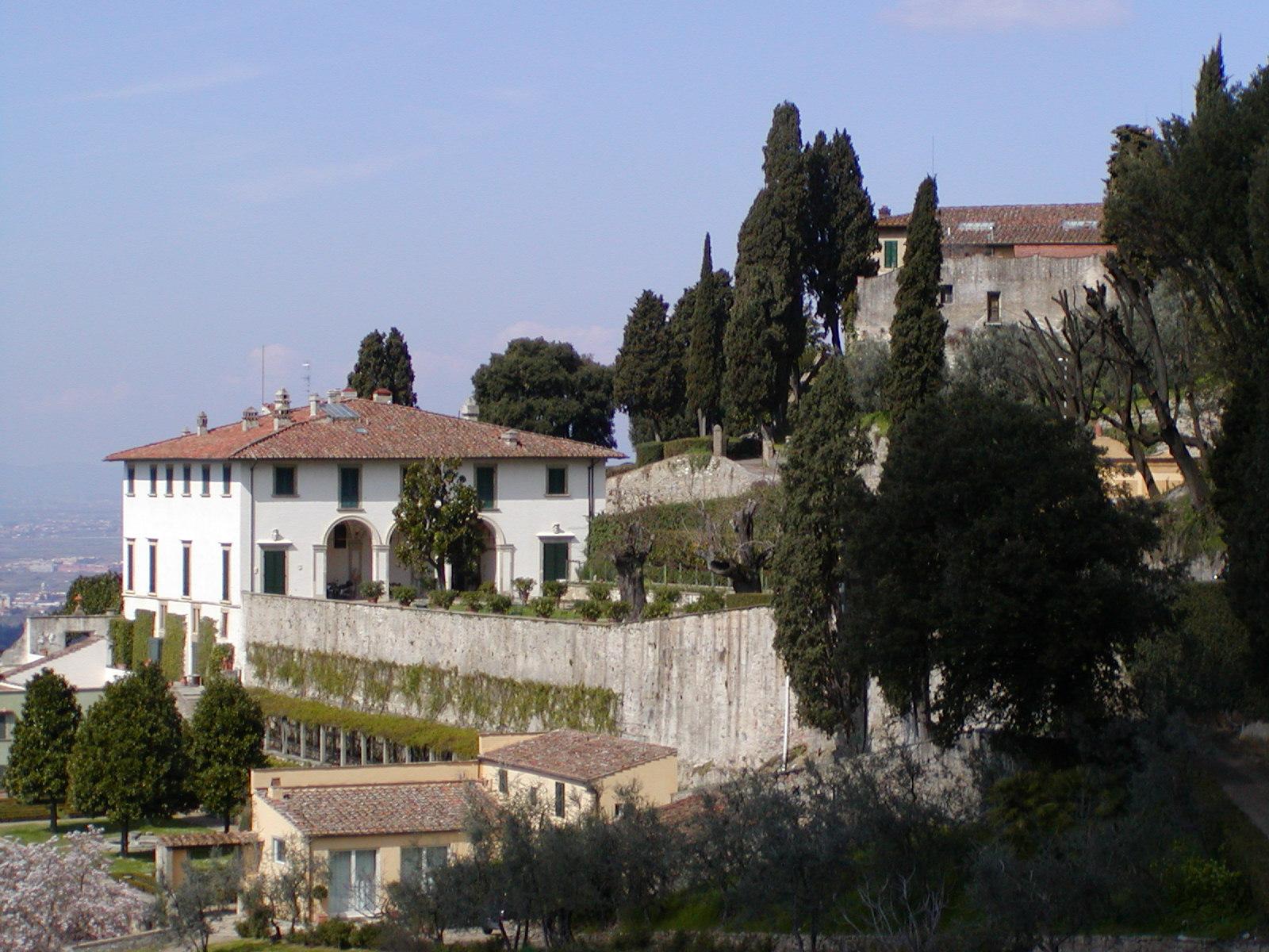 villa-medici-a-fiesole-1
