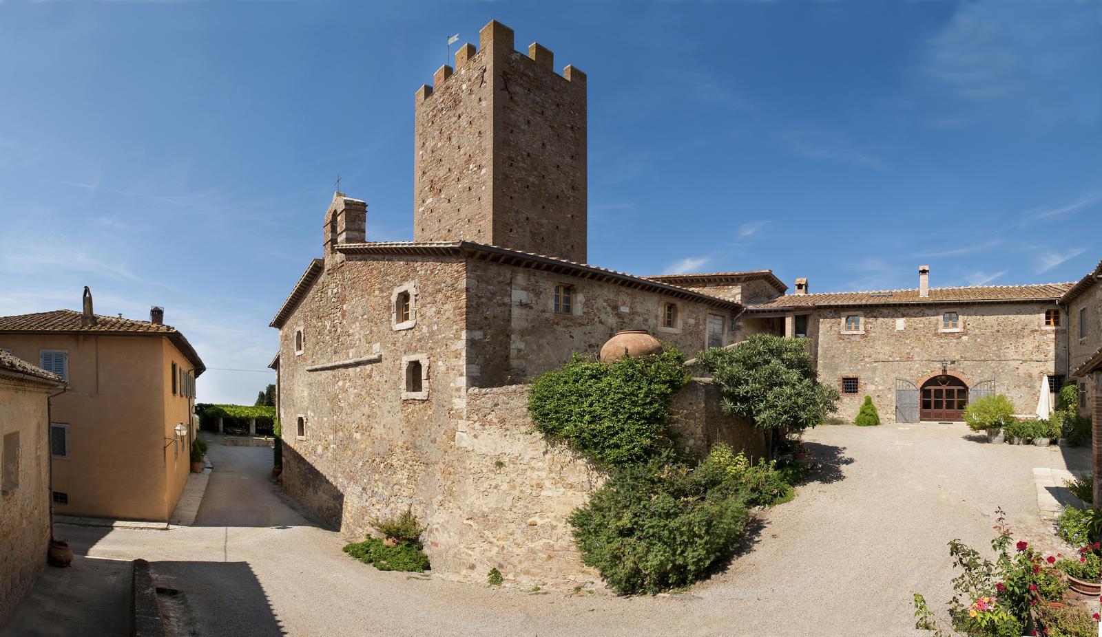 bg-tenuta-marsiliana-panoramica-castello