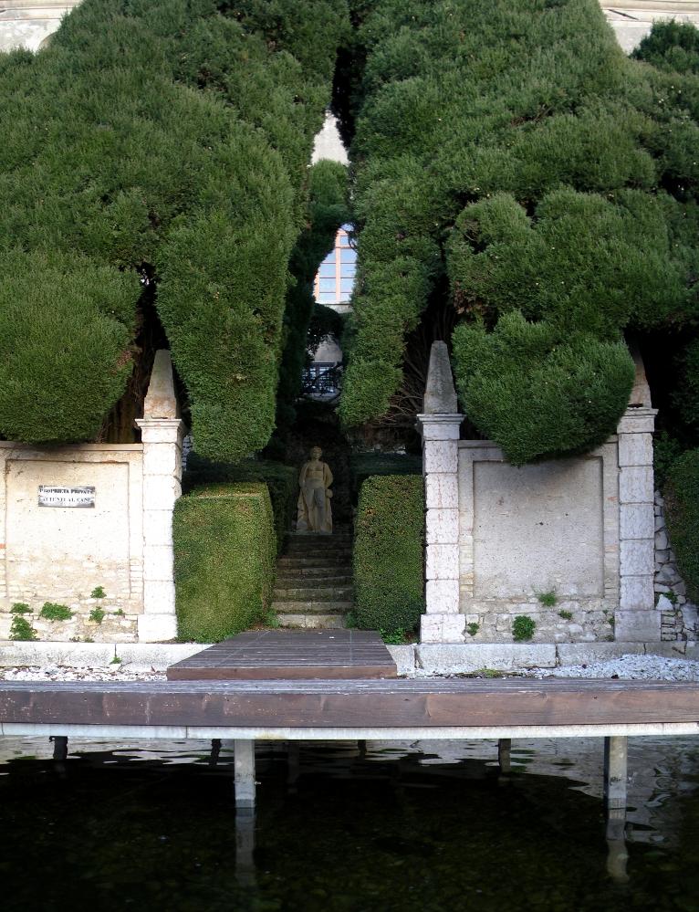 2340-villa-guarienti-punta-san-vigilio