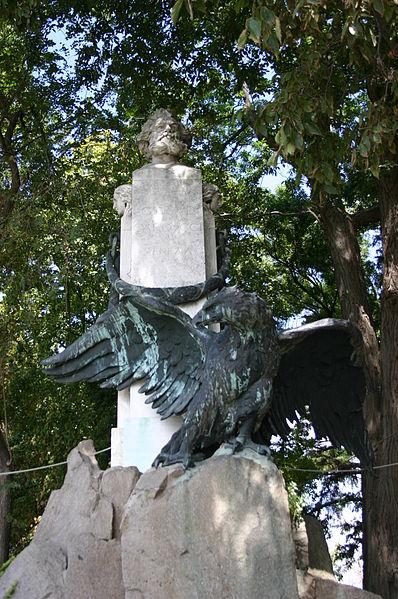 398px-8936-venezia-annibale-de-lotto-1870-1932-monumento-a-carducci-foto-giovanni-dall-orto-10-aug-2007