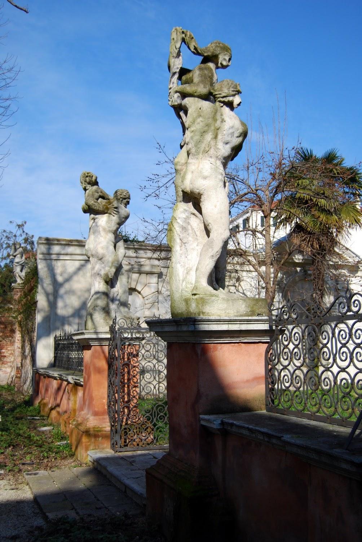 giardino-palazzo-soranzo-cappello-sculture