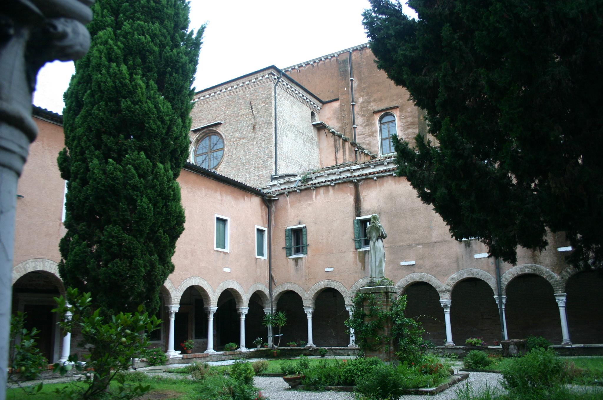 Cover Orti e chiostri di San Francesco della Vigna