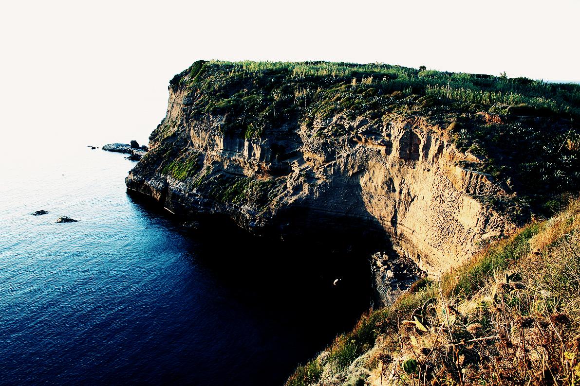 Cover Area Marina Protetta Isole di Ventotene e Santo Stefano