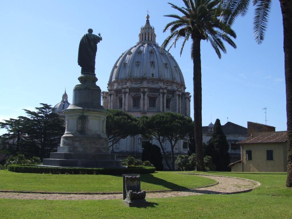 Cover Giardini del Vaticano