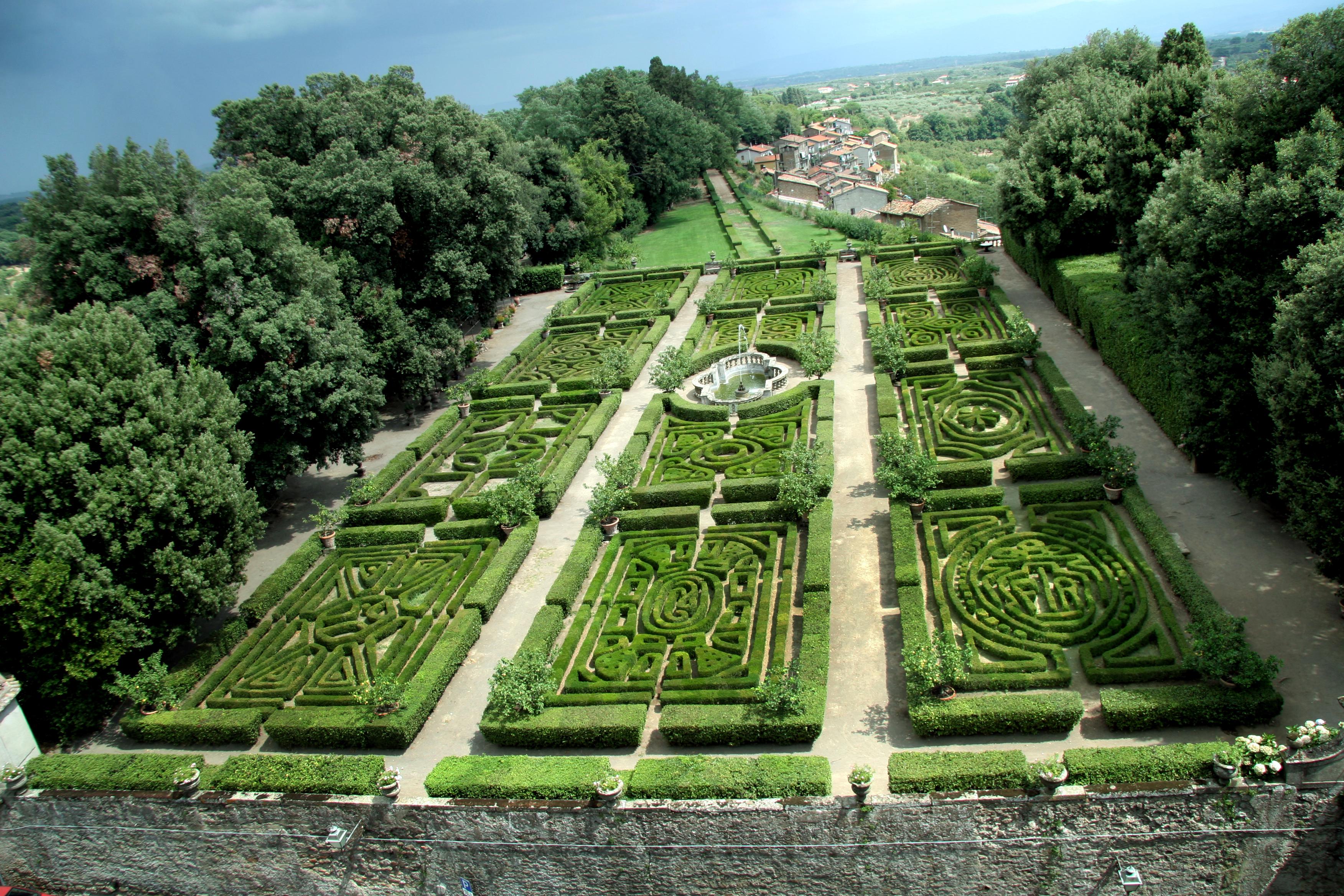 garden-castello-ruspoli-vignanello