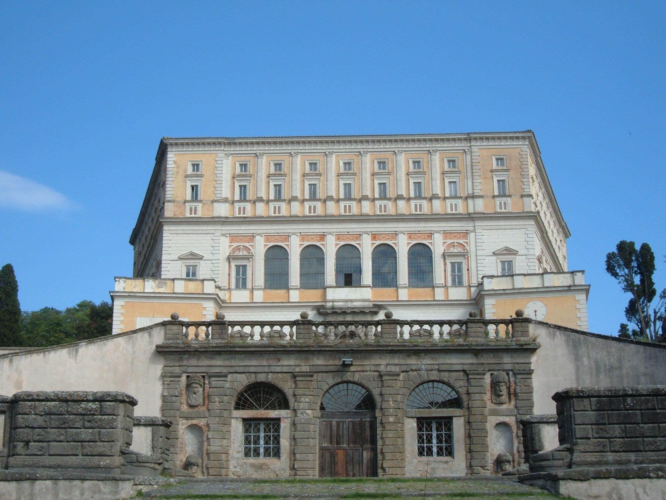 palazzo-farnese-06-caprarola-