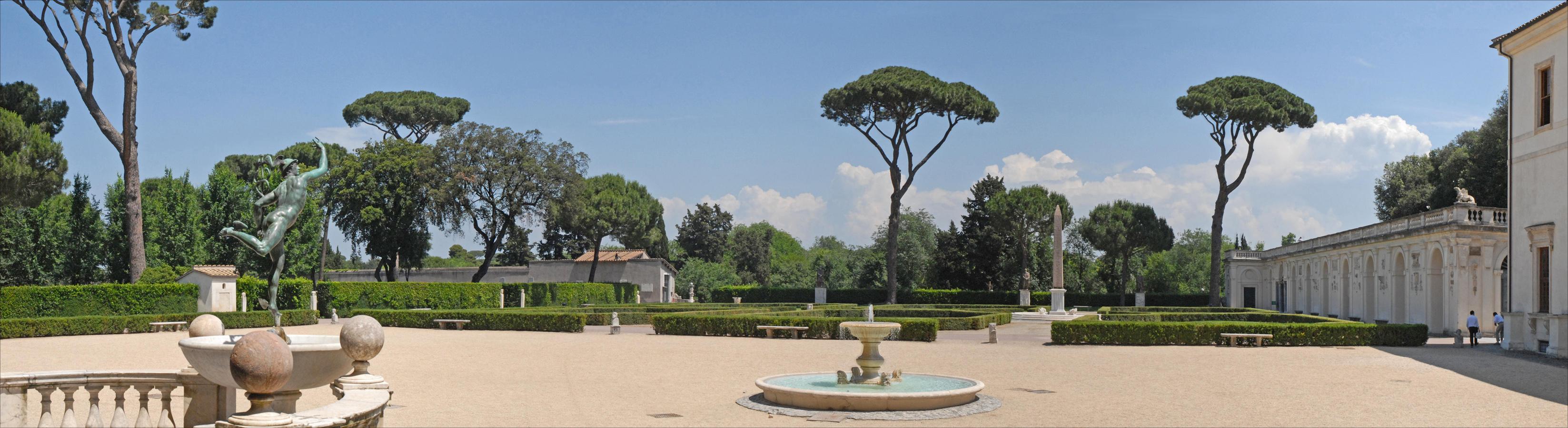 la-piazzale-de-la-villa-medicis-rome-5842682915-