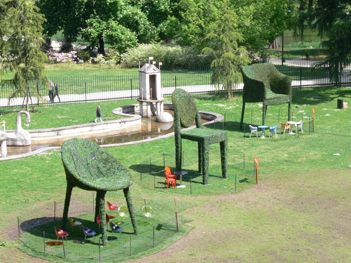 kartell-outdoor-tre-sedie