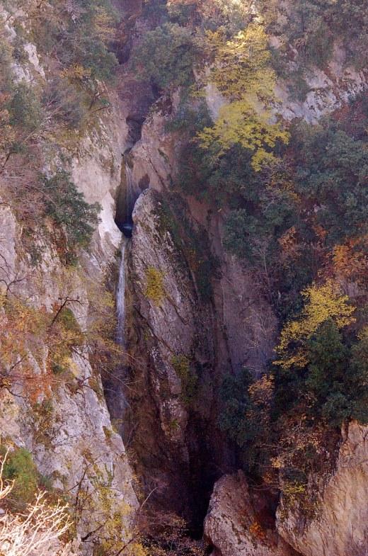 cascata-s-nicola-autunno24