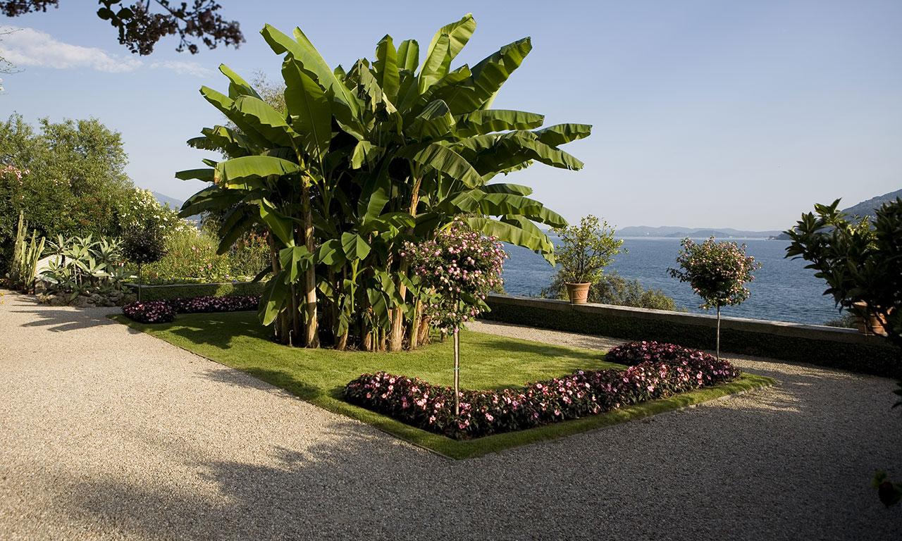 13745877332573610253-madre-giardino-06