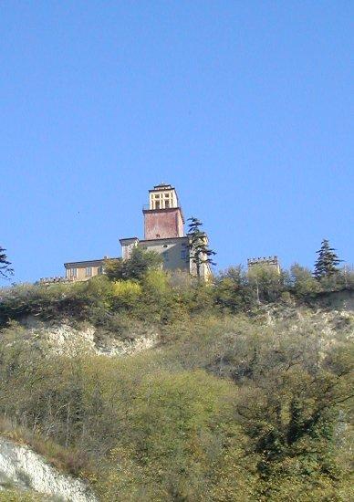 Cover Castello di Montecastello
