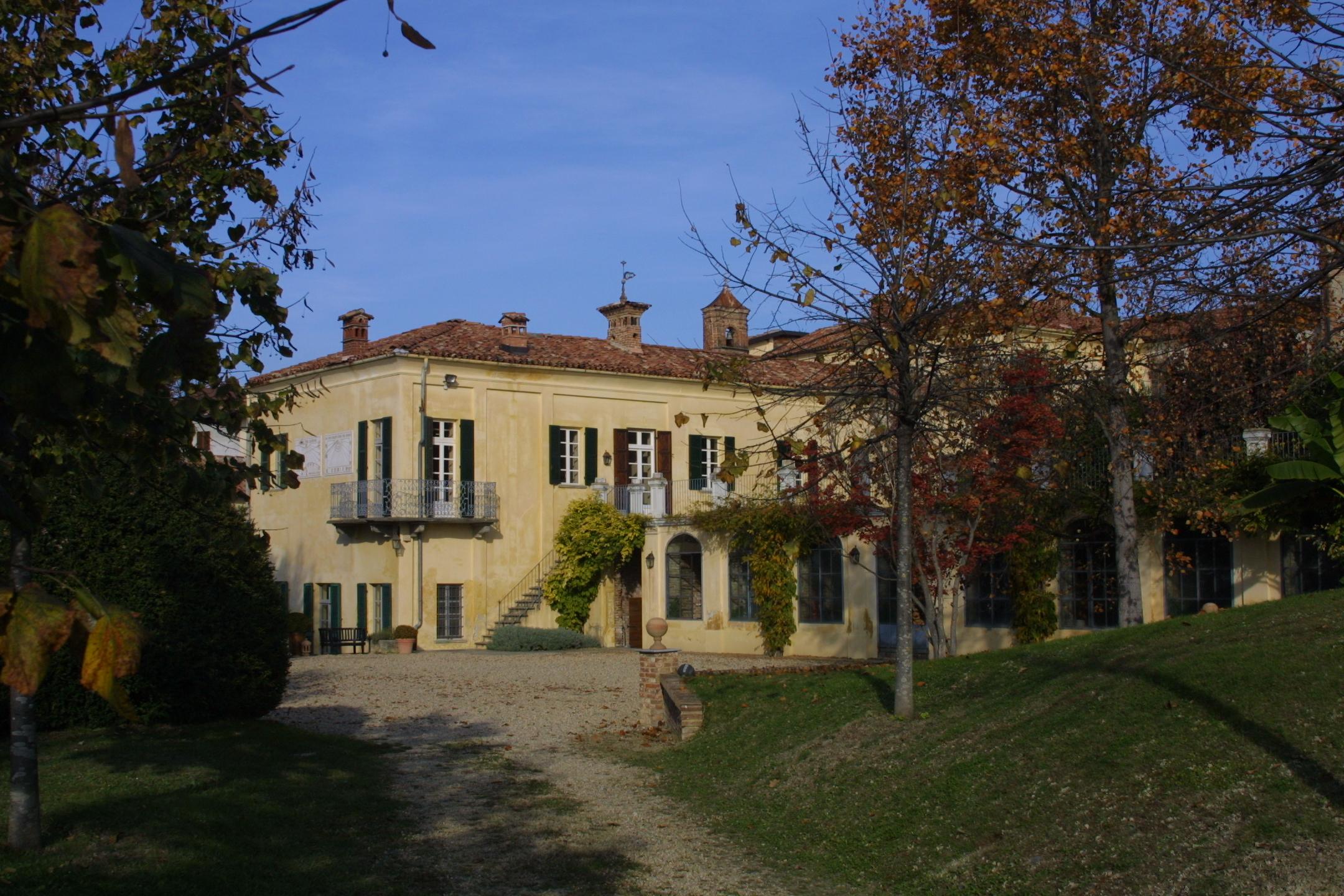 Cover Castel Maiolo