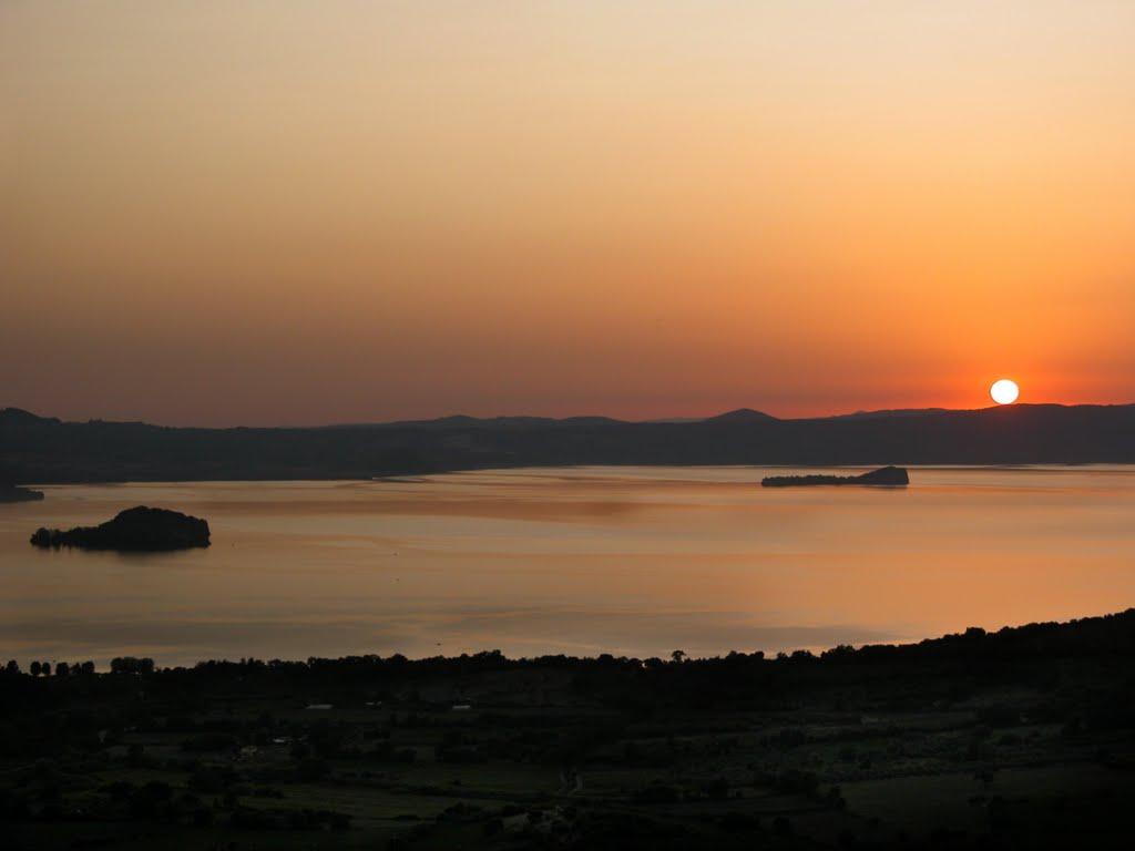 Cover Lago di Bolsena e Infiorata di Bolsena