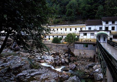Cover Terme Reali di Valdieri, Parco nazionale del Mercantour e le incisioni rupestri