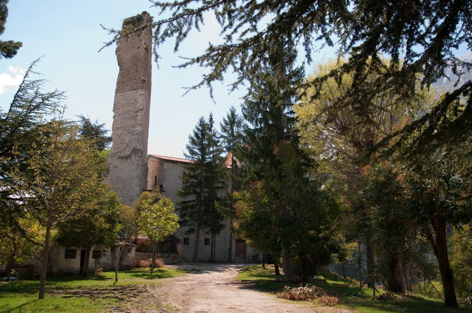 interno-del-castello-normanno-in-anversa-degli-abruzzi