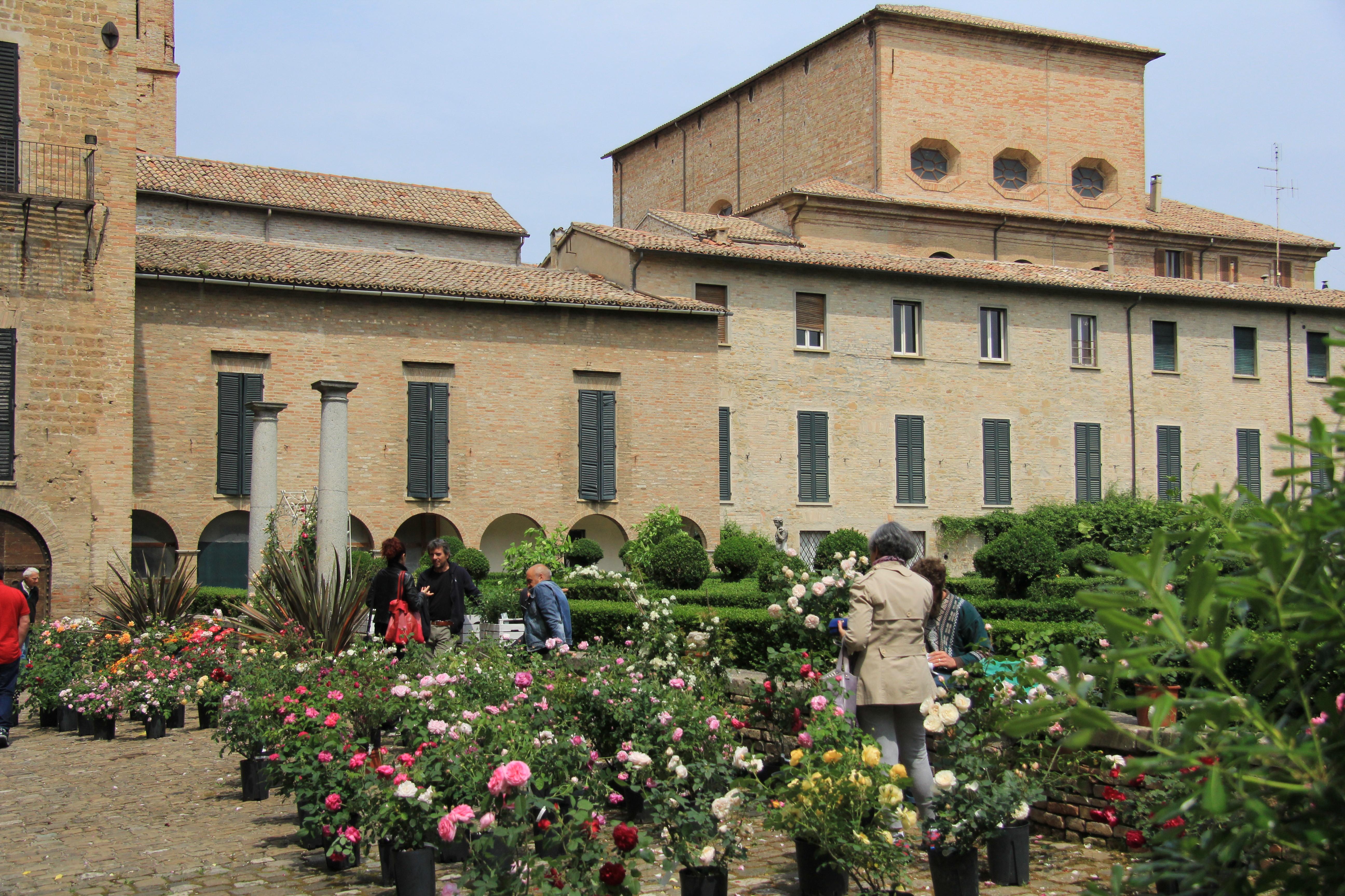 Cover Giardino di Santa Maria Fiori e Piante